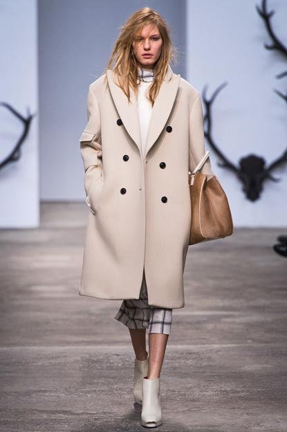 Шинель... и другие модели пальто осеннего сезона — фото 10