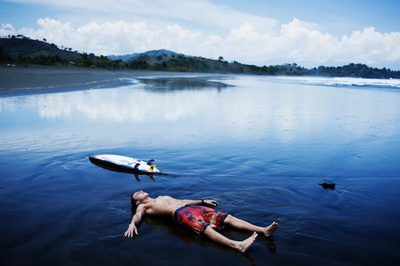 Отправляетесь на море? Не забудтье прихватить с собой бордшорты! — фото 9