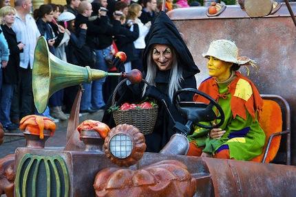 Парад на Хэллоуин во Франции