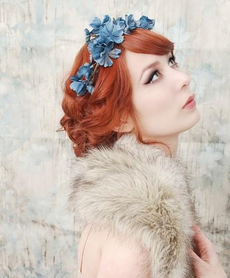 Весенний тренд: цветы в волосах — фото 8