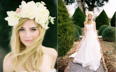 Весенний тренд: цветы в волосах — фото 29