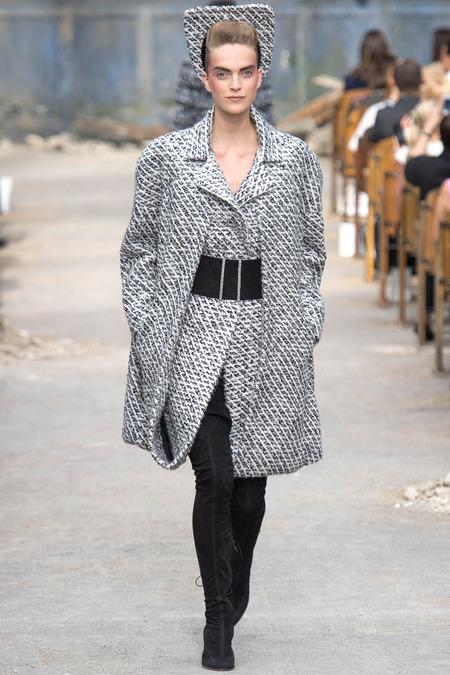 Шинель... и другие модели пальто осеннего сезона — фото 24