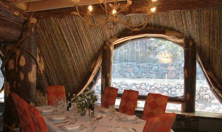 В ресторане Forest Table можно полакомится блюдами местной кухни