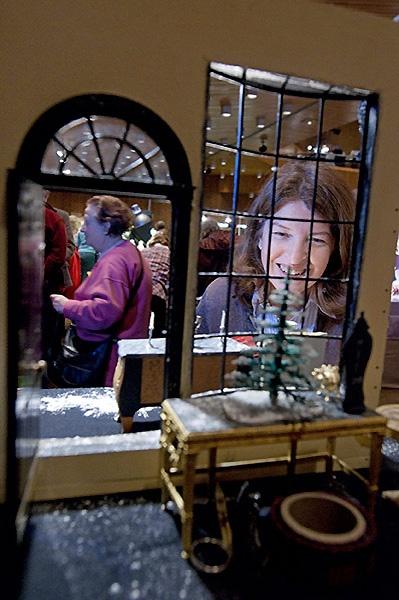 Точная копия витрины магазина Mulvany & Rogers