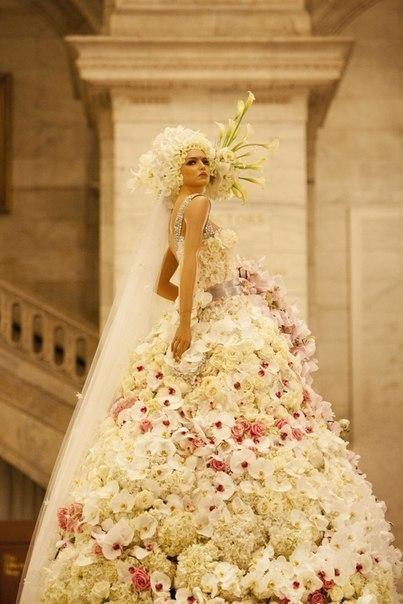 Цветочные свадебные платья