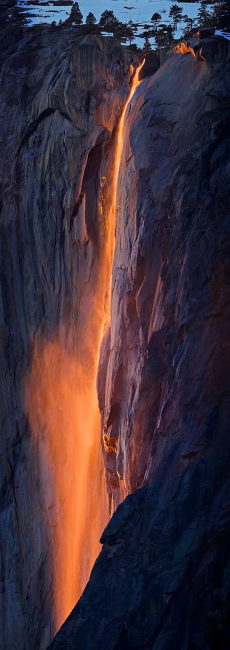 Огненный водопад Horsetail Fall - природное чудо Северной Америки — фото 11