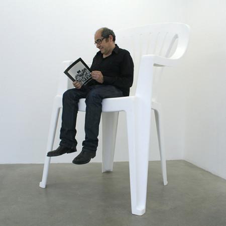 Пообедаем у Гулливера: громадные предметы мебели от Лилиана Бурго — фото 9
