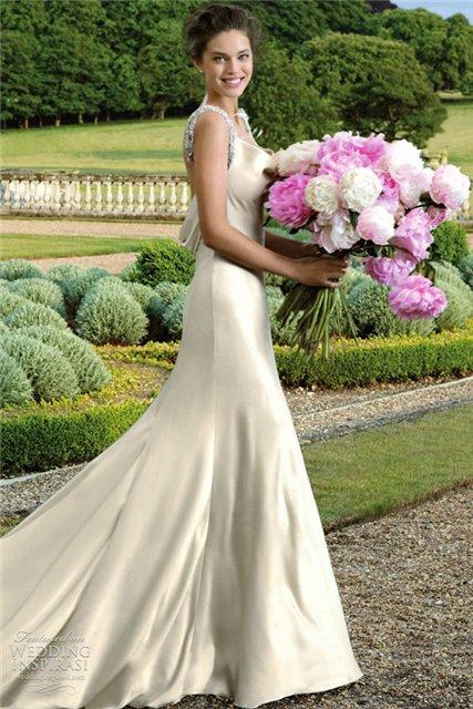 Весенне-летняя коллекция свадебных платьев от Pronovias  2013 — фото 27