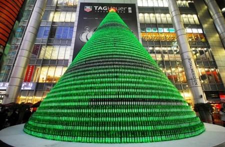 Бутылки из-под пива Heineken так же пошли в ход