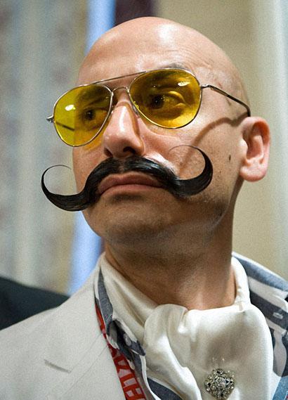 Вольфганг Шнейдер, стал победителем в номинации «Естественные усы»