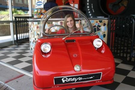Peel Р 50 - самый крохотный серийный автомобиль — фото 9