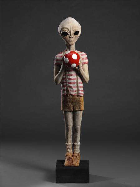 Lady Bug  - скульптура из божьих коровок. Творение  Габора Фулоба — фото 10