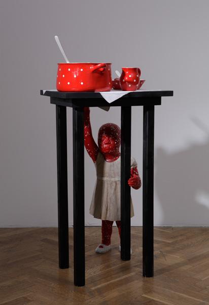 В его коллекции скульптур есть много не менее интересных работ
