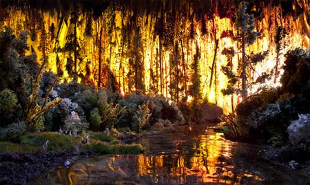 """""""Пожар"""" — мешок для мусора, желтые блестки, стебли цветов, песок, бумага, дерево, мох..."""