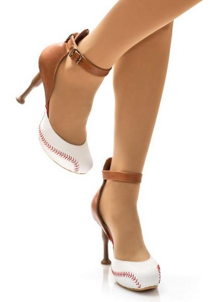 Даже подошва этих туфель имеет мягкую, закругленную форму