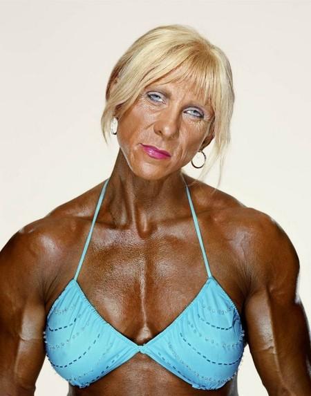 Сара Бриджес в бодибилдинге с 1991 года. Лучший результат — 1-е место в чемпионате Великобритании (2003). На фото ей 40 лет.