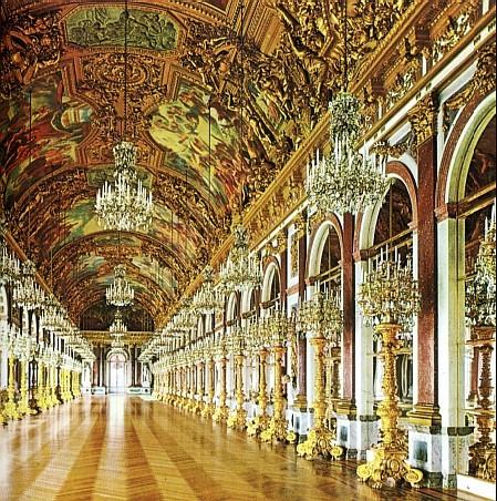 Зеркальный зал Дворца Херренкимзее, построенный в 1879-1881 годах по планам Георга Дольмана