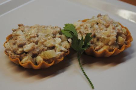 Тарталетки с салатом из печени трески — фото 2