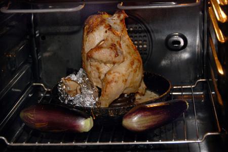 «Курица наездница» готова поздравить всех мужчин с 23 февраля! — фото 8
