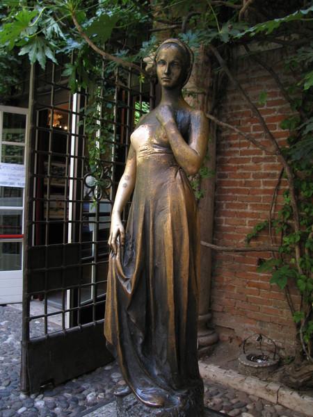 Верона. Романтическое путешествие в  сказочное средневековье. — фото 25