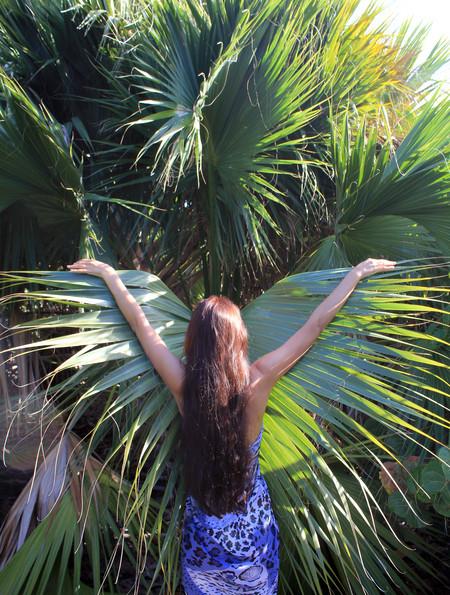 Я слилась с природой и стала бабочкой-бабун :-))