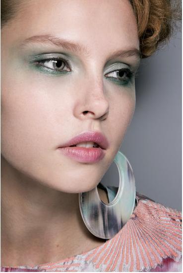 Как превратиться в русалку или макияж с морских глубин — фото 3