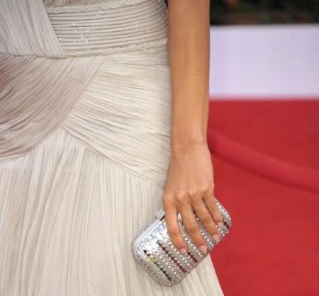 Модная тенденция – миниатюрные клатчи — фото 2