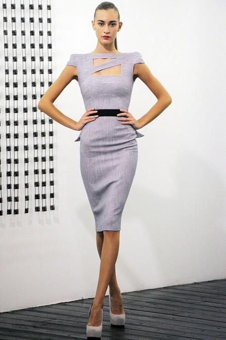 Коллекция платьев и костюмов от Виктории Бекхем — фото 1