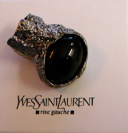 Необычное кольцо от YSL Arty Oval Ring — фото 8