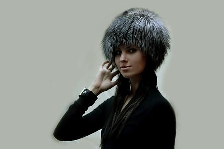 Меховая шапка снова  в моде — фото 1
