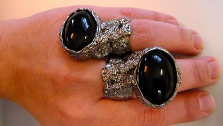 Необычное кольцо от YSL Arty Oval Ring — фото 7