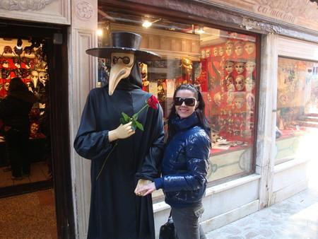 Роза на прощание с Венецией! Романтика!