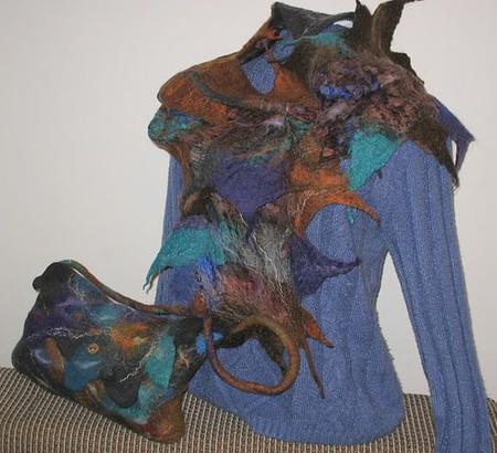 Пестрый шарф — это стильно