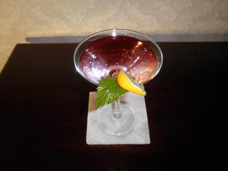 Коктейль из водки с вишневым нектаром — фото 1