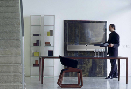 Прозрачный телевизор Loewe Invisio — фото 2