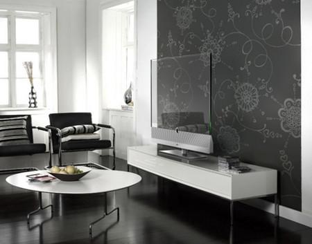 Прозрачный телевизор Loewe Invisio — фото 1