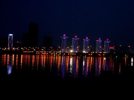 Парк. Река Хуанхэ.