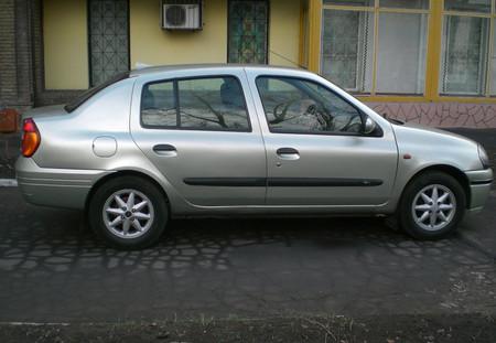 Reanault Clio Symbol 1.4 16V