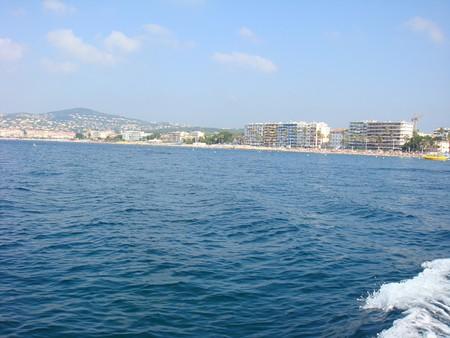 Море было действительно лазурным