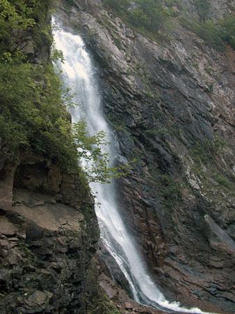 Первый взгляд на водопад