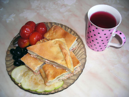 Пирог с красной рыбой «Пальчики оближешь!» — фото 13