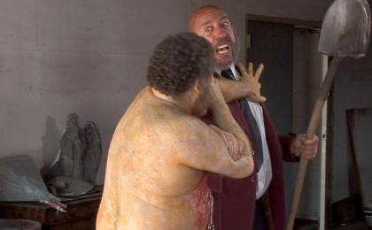 «Ночь живых мертвецов» 1990г — это не только цветная картинка и более «качественные» мертвецы, это и неожиданный финал, хотя по силе он спорен со своим оригиналом.