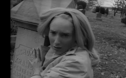 «Ночь живых мертвецов» опять-таки черно-белый и малобюджетный фильм (10тыс.дол), но окупившийся сполна не только финансово, но и положивший начало множеству последователей.