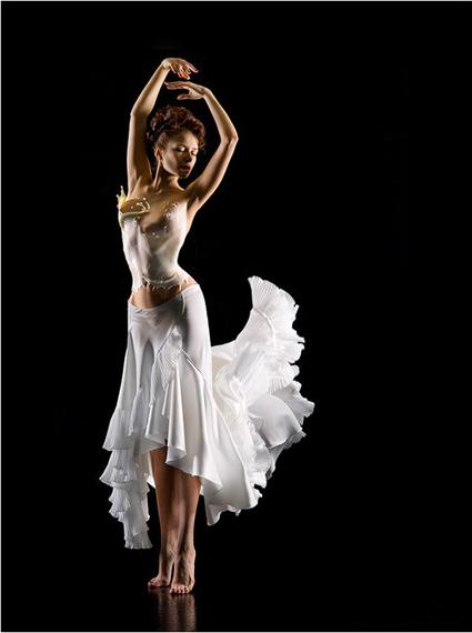Одежда из молока на фотомоделях Андрея Разумовского — фото 11