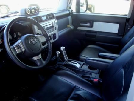 Toyota FJ Cruiser: лимитированная серия — фото 6