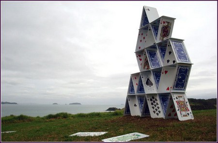 Collapse – карточный домик в Новой Зеландии. — фото 2