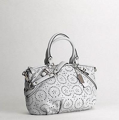 Ажурная сумка для путешествий от Coach. — фото 2