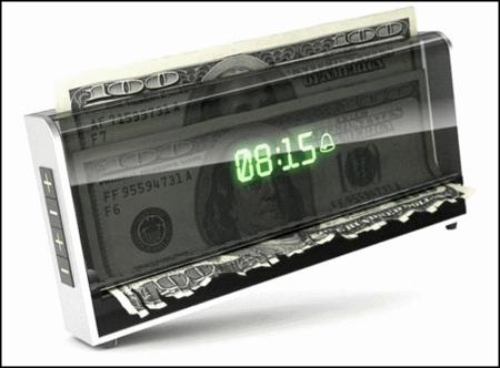 Будильник, питающийся деньгами. — фото 1
