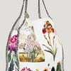 Фруктовые мотивы на летних сумках от Stella McCartney.