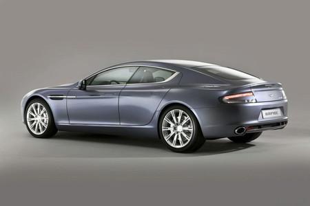 Aston Martin Rapide. Того стоит...